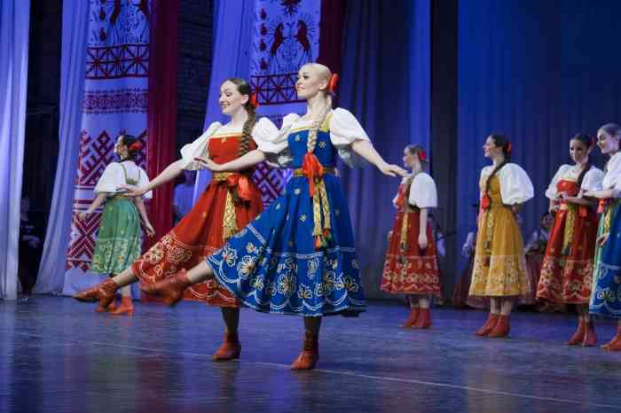 NORTHERN SONGS, 'CARMEN' AND THE VIOLIN CLASSICS: 'RUSSIAN SEASONS' TO PRESENT NEW WEBCASTS